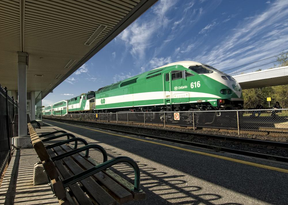 GO Transit service suspended on the Barrie line