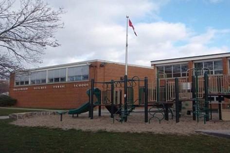 Elementary school teacher sex tape with husband leaked - 5 2