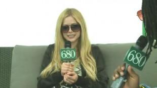 Video: Avril Lavigne at Wham Bam 2013