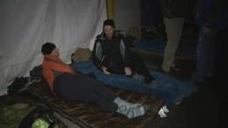 Police chief & Starbucks president sleep outside for Covenant House