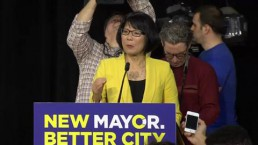 Chow kicks off mayoral campaign in Toronto