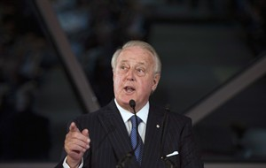 """Former Prime Minister Brian Mulroney gives the keynote address at the Canada 2020 special event entitled """"The Next Big Thing For Canada"""" in Ottawa on Tuesday, April 8, 2014. THE CANADIAN PRESS/Justin Tang"""