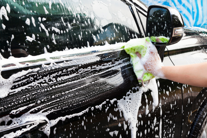 May 8: Nissan unveils car paint that repels dirt - 680 NEWS