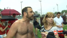 Shirtless jogger draws online attention