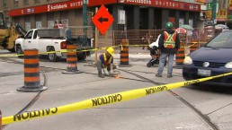 TTC track work shuts down Dundas-Spadina intersection