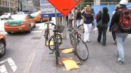 Cyclists bemoan lack of bike racks at Yonge & Bloor