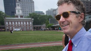 In this photo taken on Monday, May 18, 2015 photo, Kentucky Senator Rand Paul talks with supporters at Independence National Park in Philadelphia. Paul was in the city to participate in a question and answer show with local talk radio host Dom Giordano (not shown). Afterwards, he walked through the park to answer questions from the media and greet supporters. (Alejandro A. Alvarez/The Philadelphia Inquirer via AP) PHIX OUT; TV OUT; MAGS OUT; NEWARK OUT