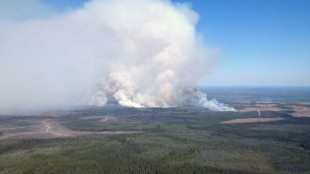 The Little Bobtail Lake wildfire, southwest of Prince George, B.C., is shown on Wednesday, May 20, 2015. Experts are blaming El Nino for speeding up nature's clock and forcing firefighters to deploy weeks ahead of normal to battle wildfires across rural Western Canada. They say the natural phenomenon that cycles every two to seven years has been activated early this year and is predicted to accelerate wildfire activity across the northwest. THE CANADIAN PRESS/HO - British Columbia Wildfire Management Branch