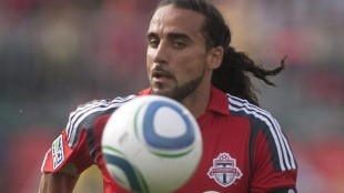 Toronto FC's Dwayne De Rosario in action action against FC Dallas July 24, 2010.THE CANADIAN PRESS/Chris Young