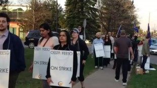 Peel Region public secondary school teachers hit the picket lines May 4, 2015. CITYNEWS