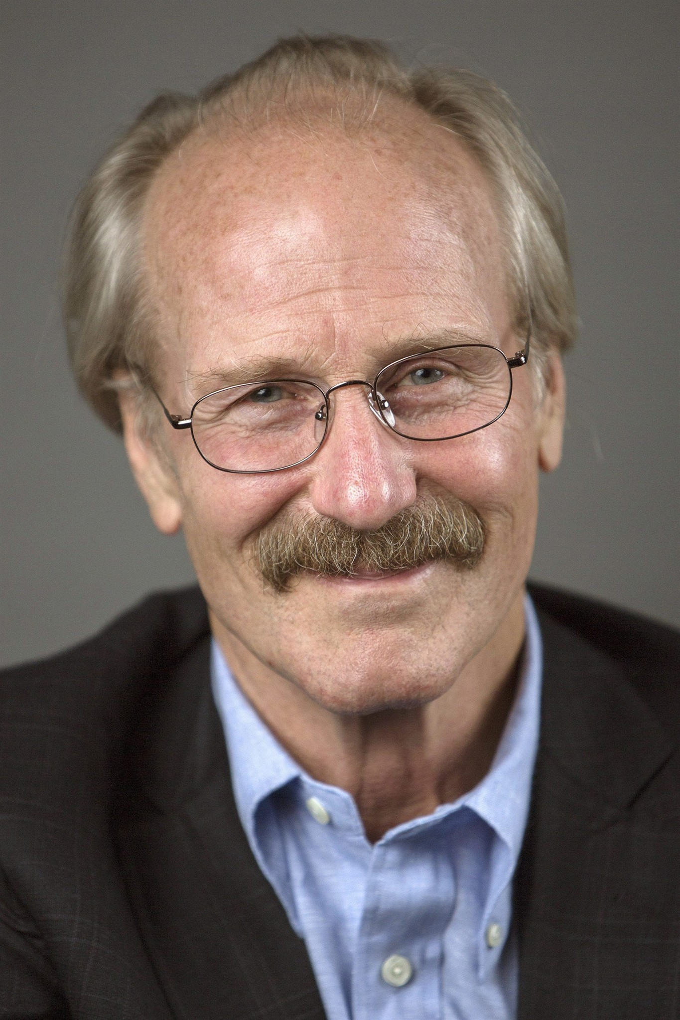 william hurt height