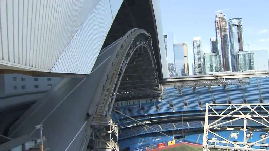 Rogers Centre Roof To Be Closed For Game 5