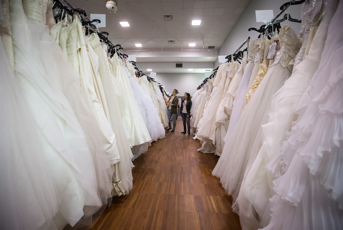 Good Where To Buy Second Hand Wedding Decorations