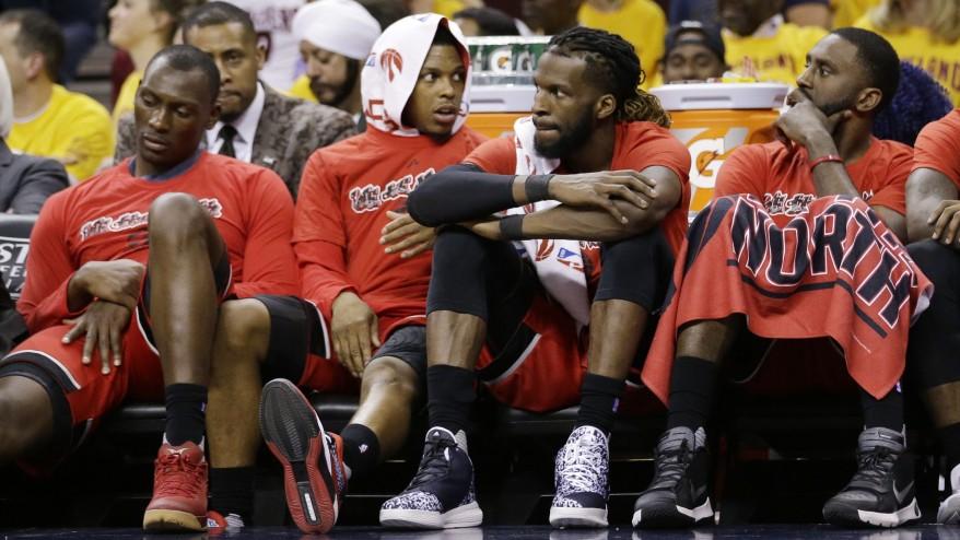 Raptors hand Cavaliers 1st loss of postseason