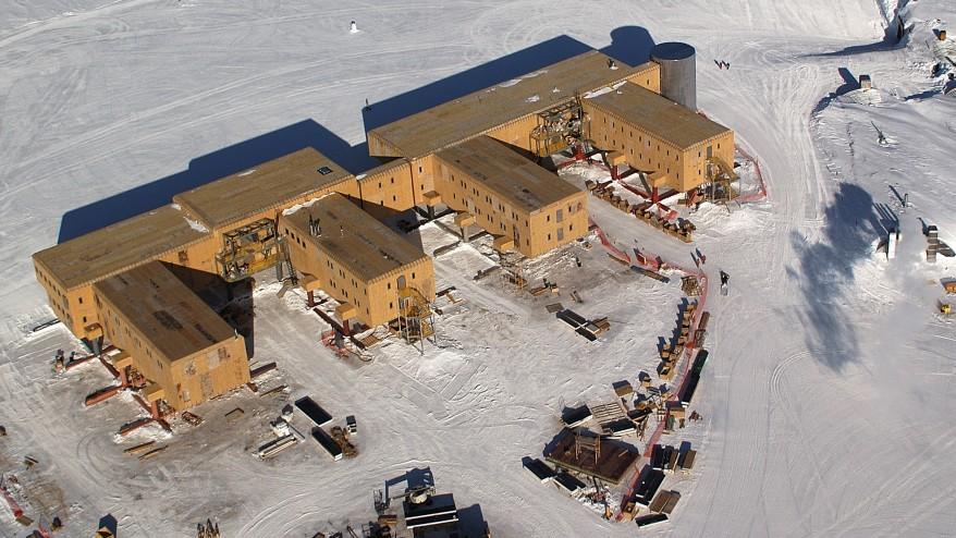 Antarctic rescue mission underway