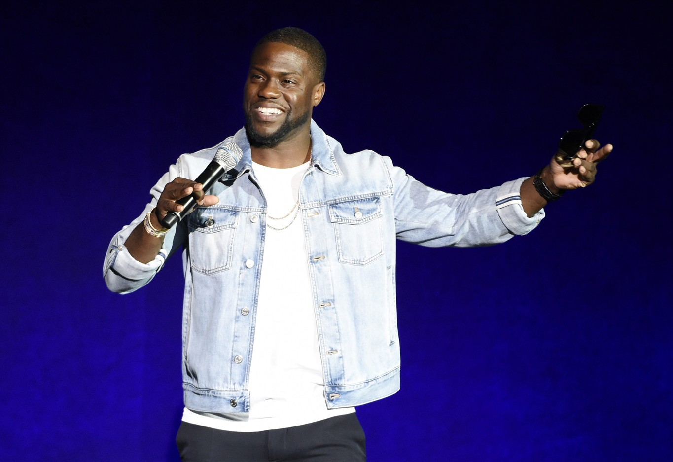 Kevin Hart's Rap Alter Ego, Chocolate Droppa, Signs Deal