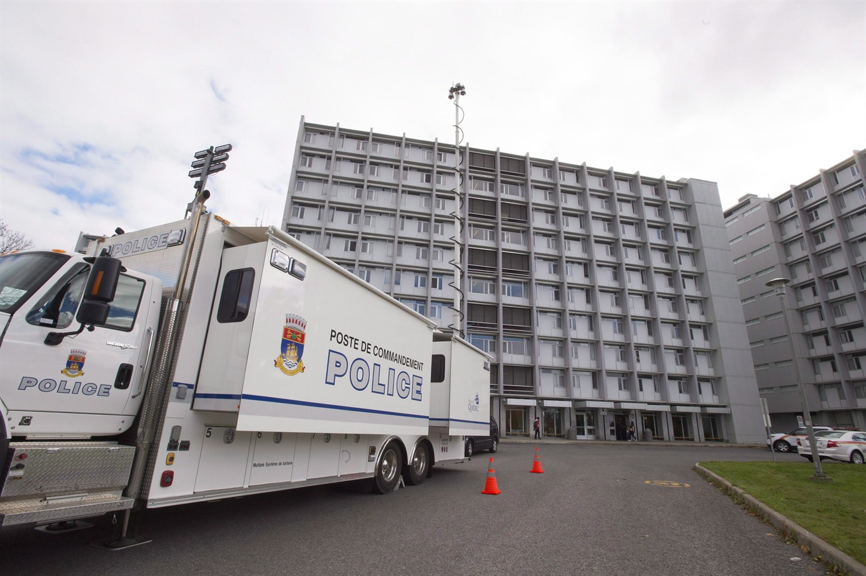 news local quebec city police command post universite laval wake break