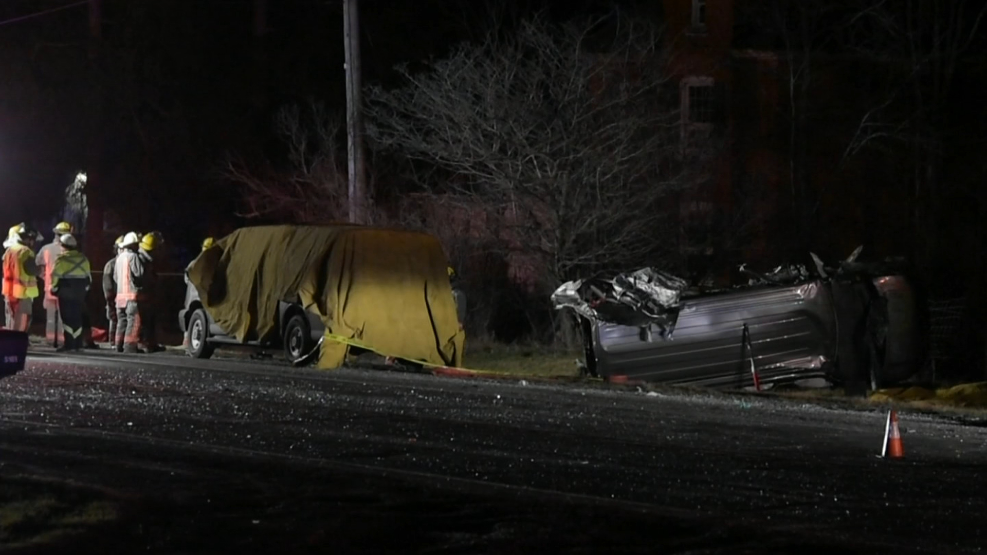 3 dead after 2-vehicle crash in Caledonia, Ont.