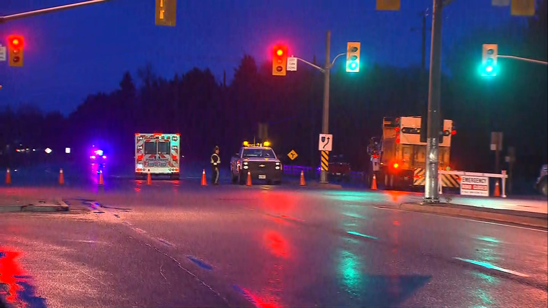 caledon airport road HIGHWAy 9 FUEL SPILL EB_PIC_2017MAR07-00012905