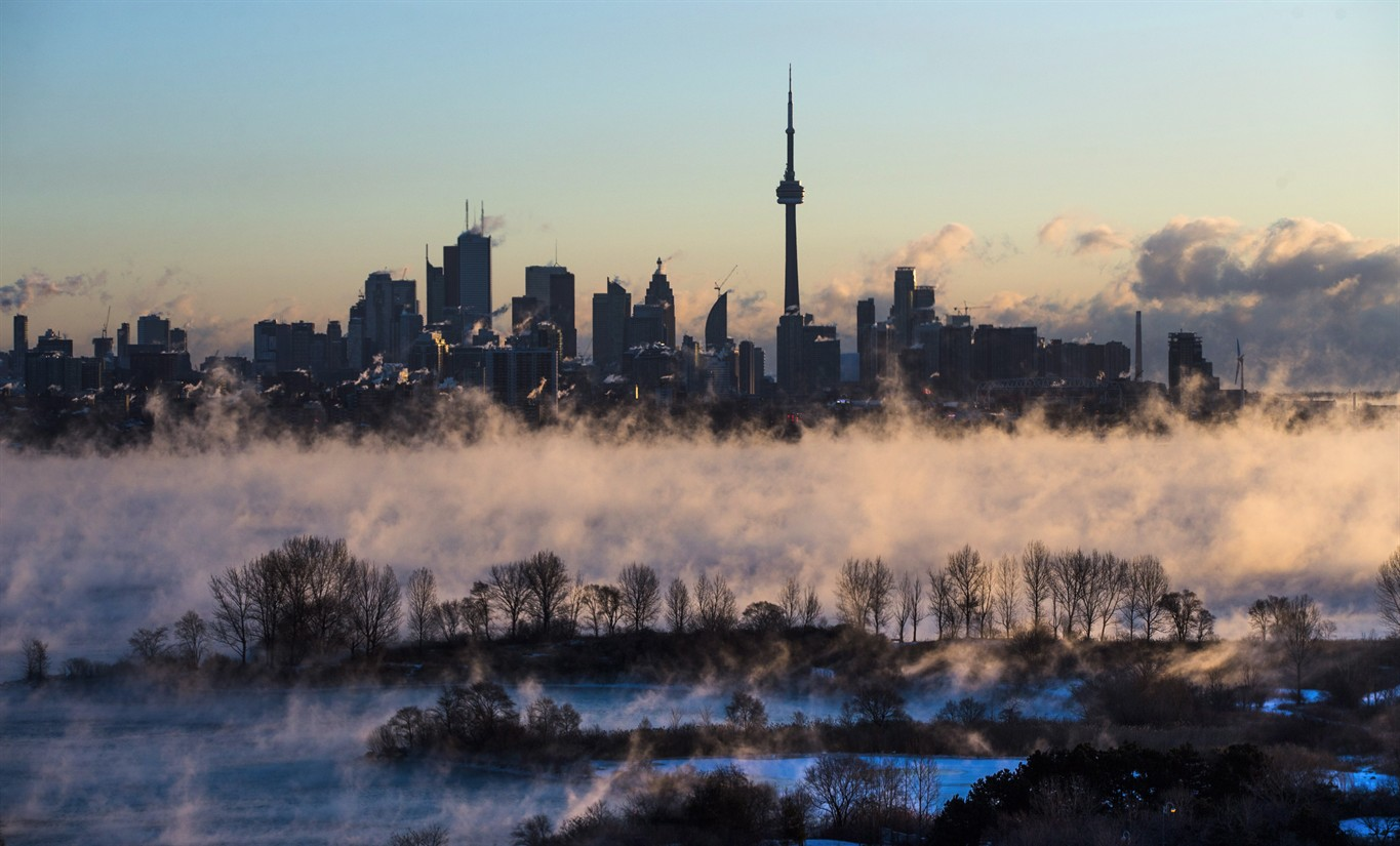 Toronto issues extreme cold weather alert in advance of chilly night