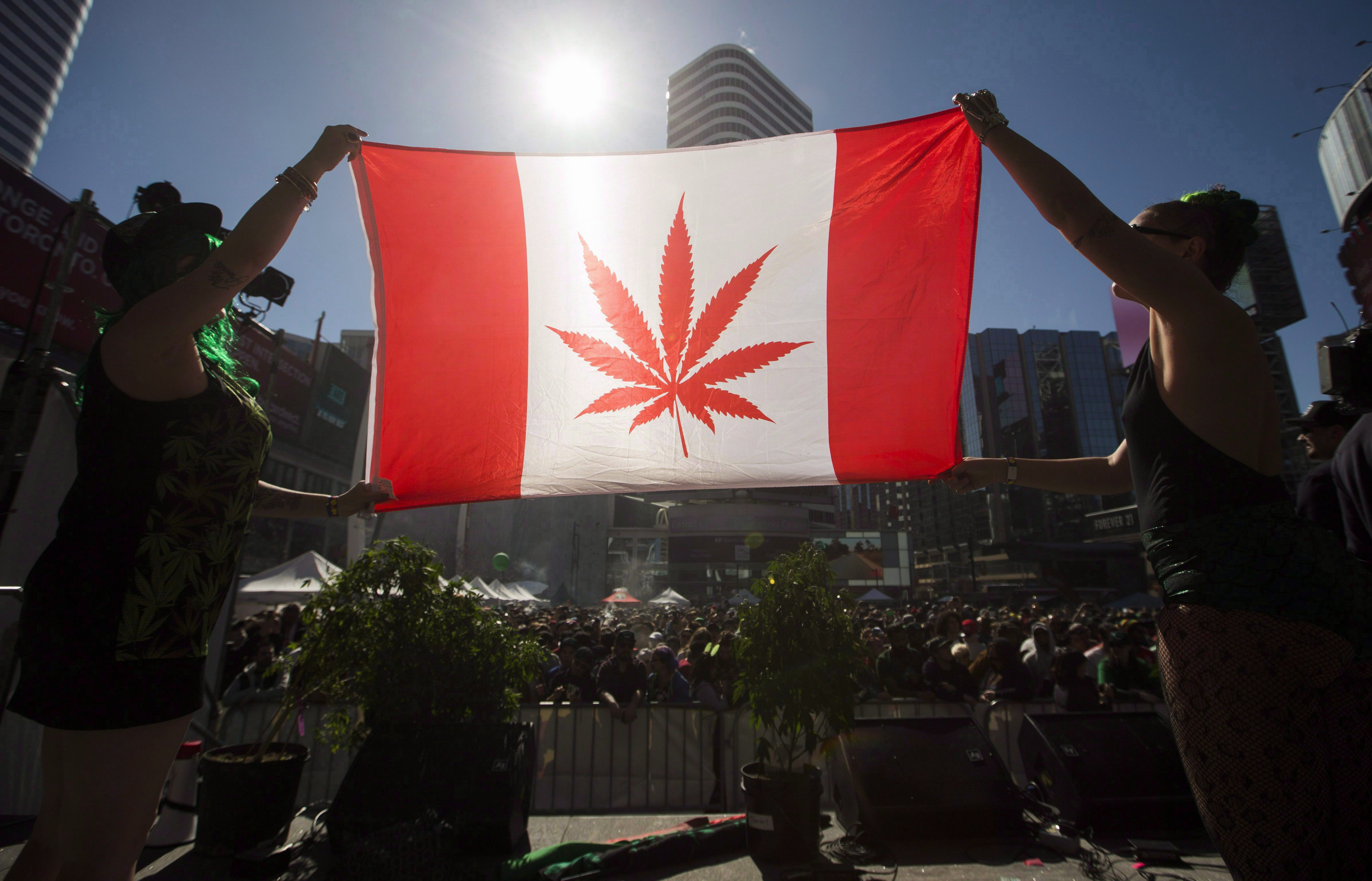 Canada introduces legislation for marijuana possession