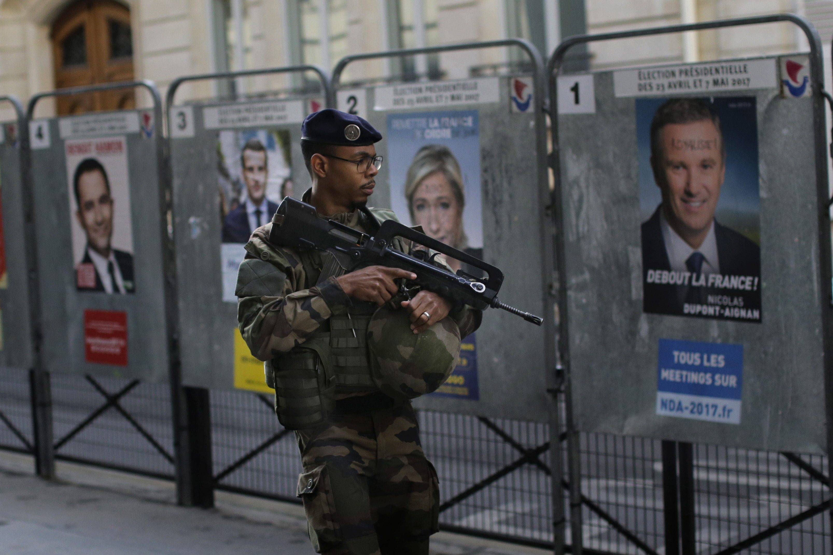 French elections: Macron favourite but Le Pen can't be counted out