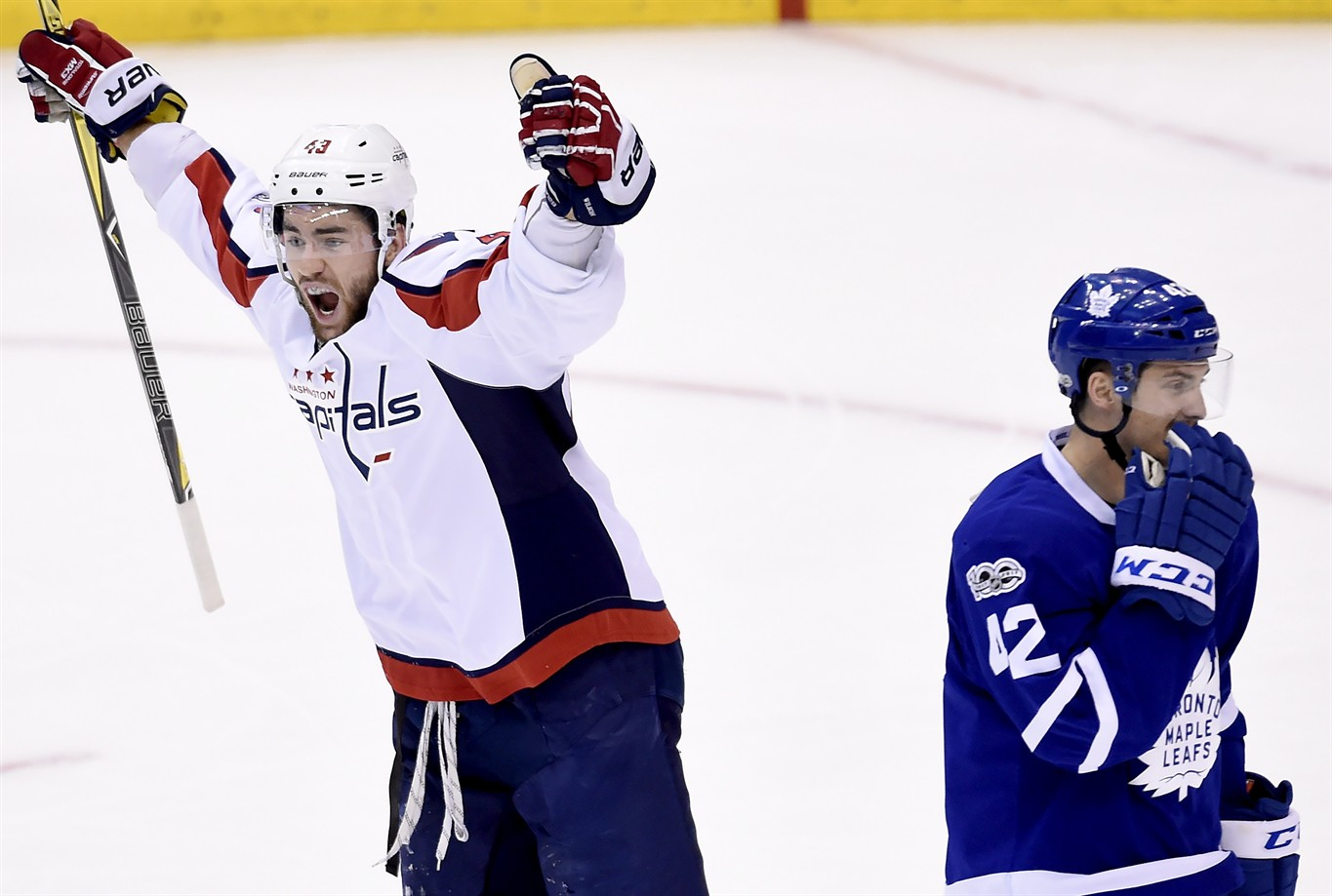 7c5e1485c0f Tom Wilson plays hero for Capitals in Game 4 win over Maple Leafs