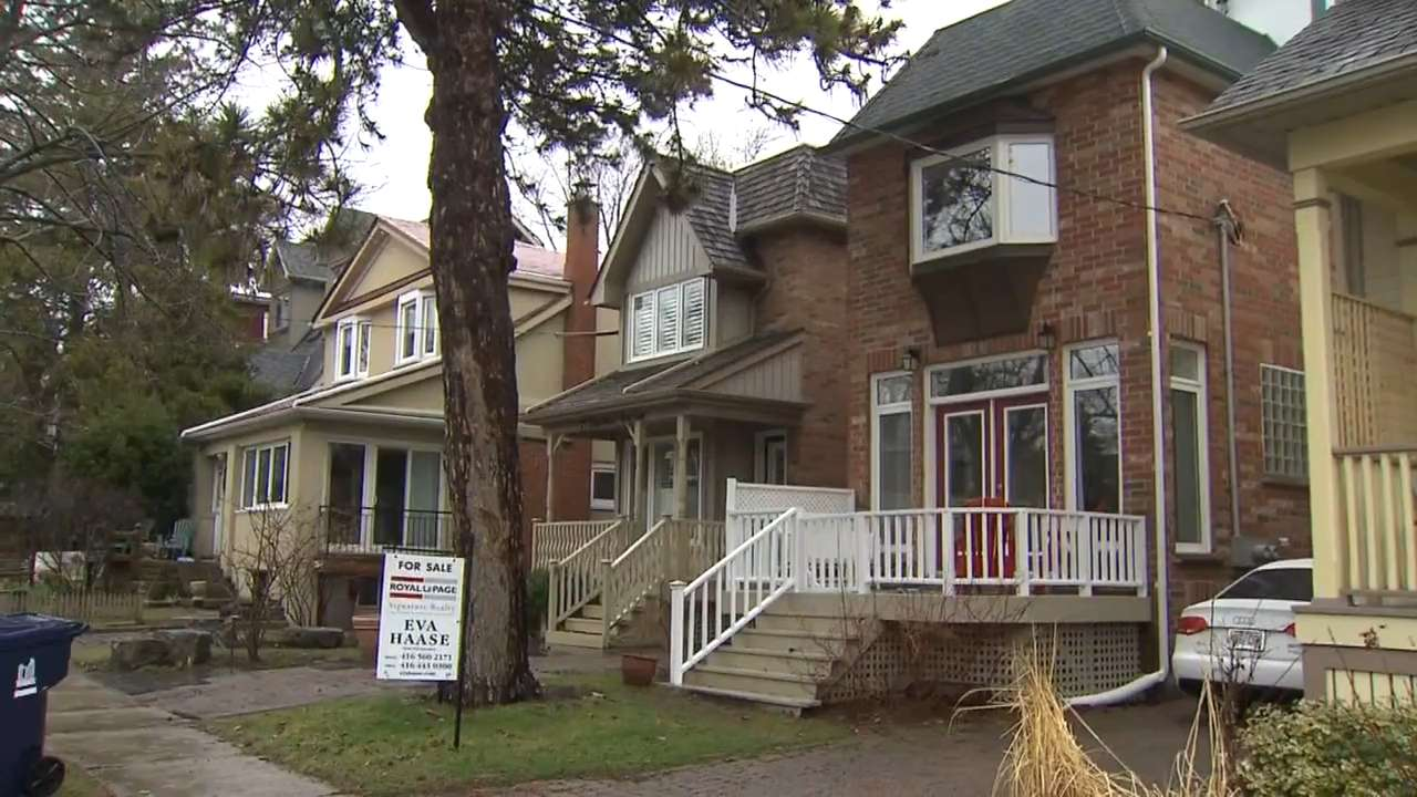 Canadian Home Sales Cool In April