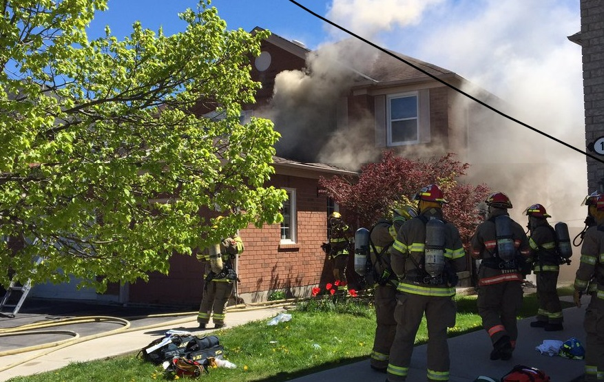 Woman critically injured after being pulled from house fire in Brampton: paramedics