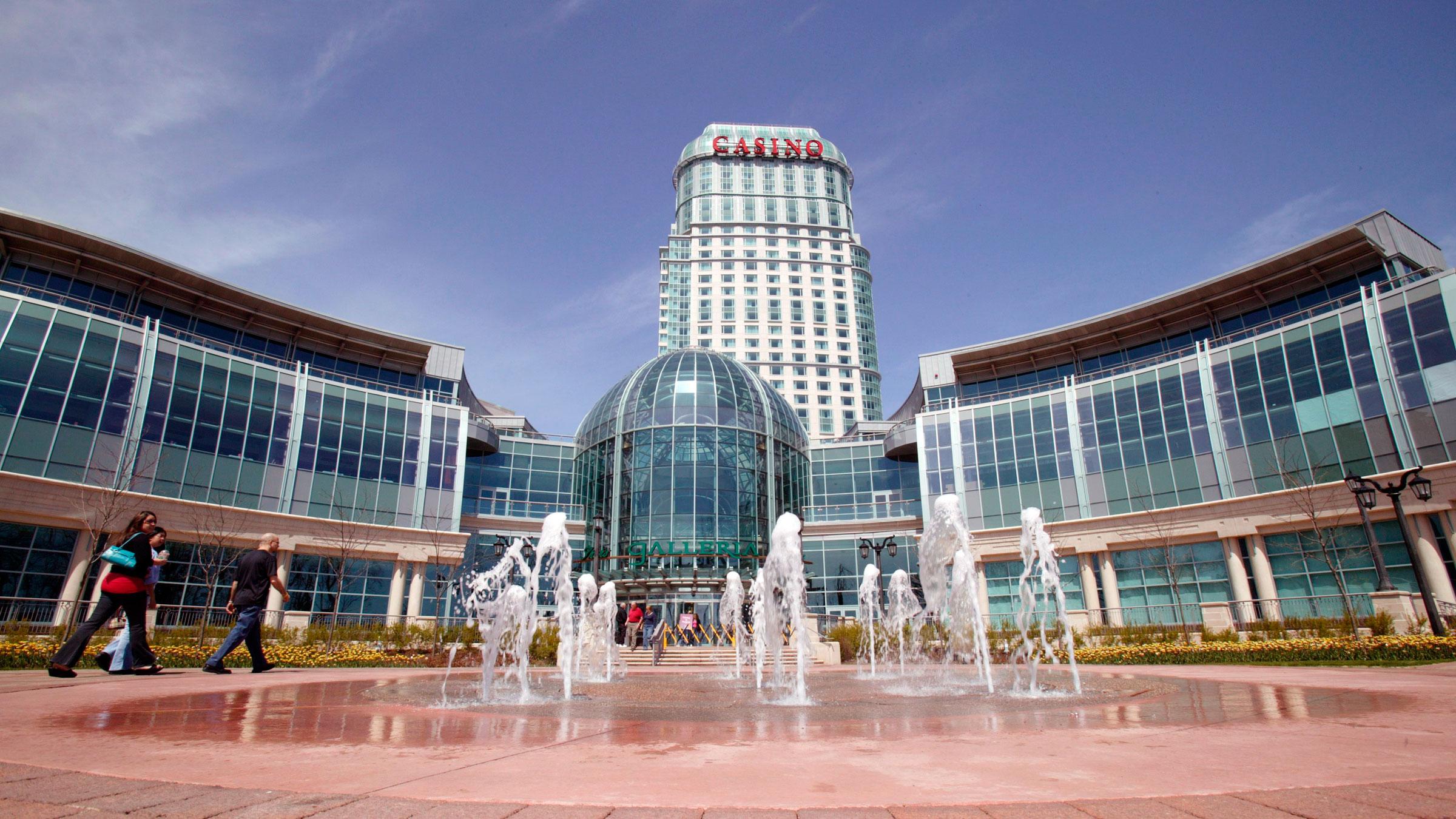 Casinos in niagra nudity in casino royale
