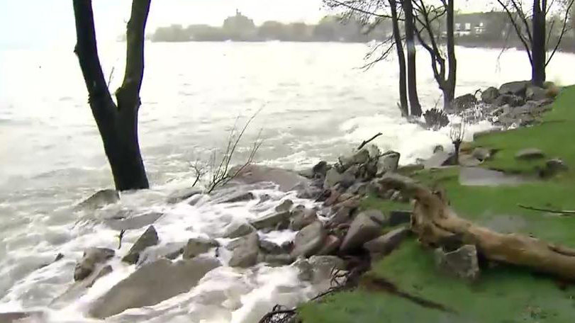 Water levels keep Toronto Islands closed