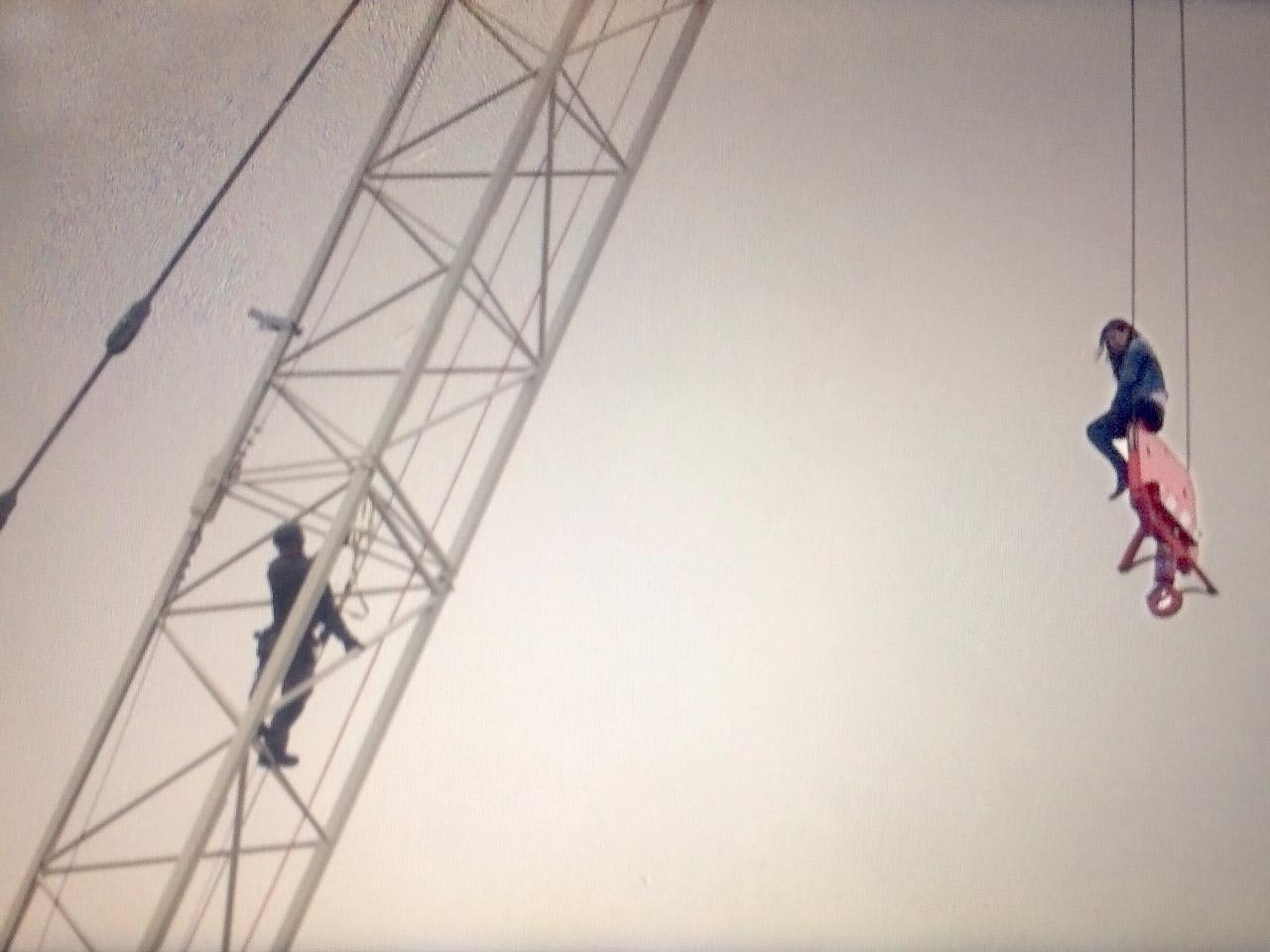 don u0027t climb on construction cranes police warn 680 news