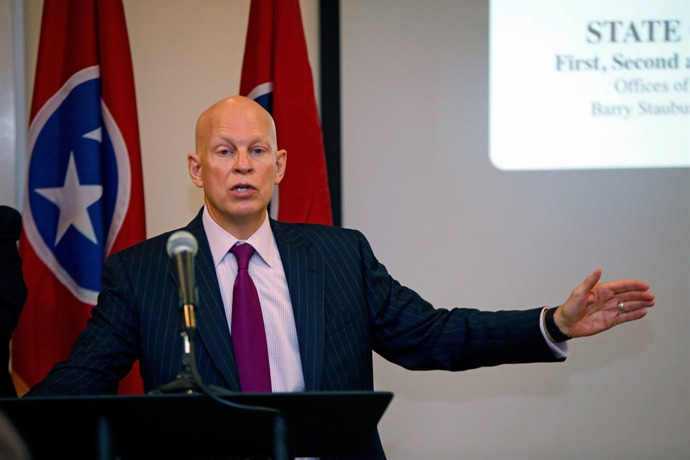 Tennessee prosecutors sue opioid drug makers