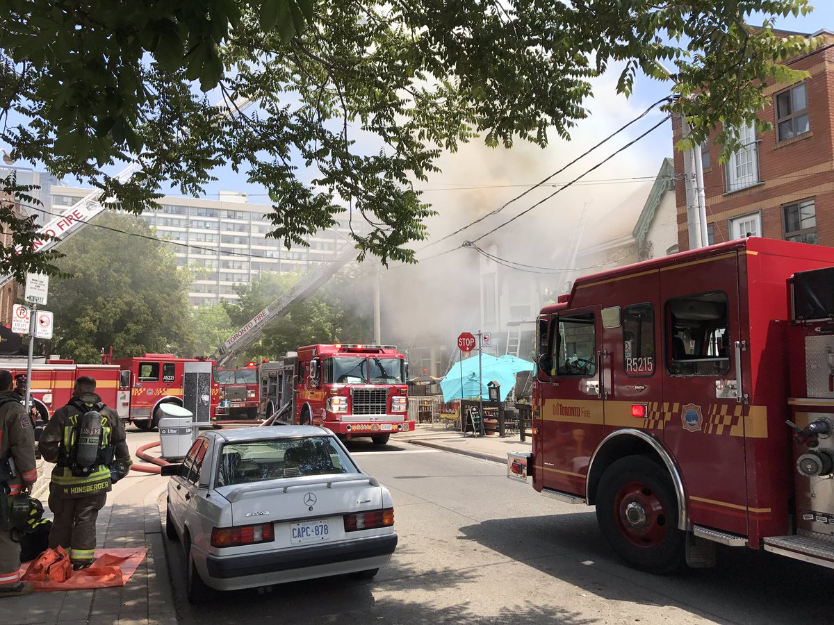 5-alarm fire breaks out at downtown noodle bar