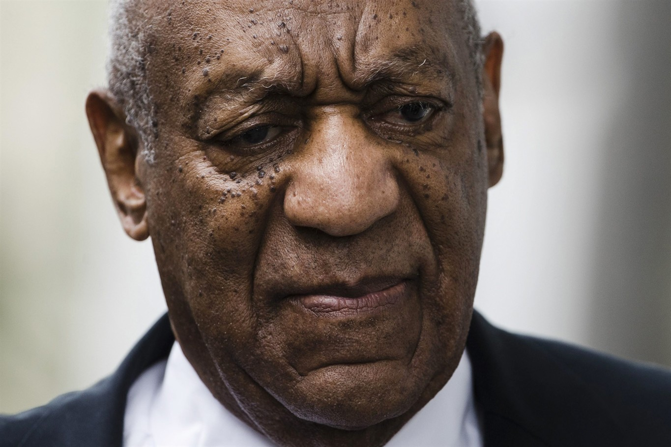 Former Michael Jackson lawyer to defend Cosby