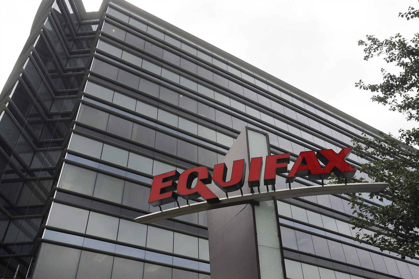 Equifax breach endangers 700K Nebraskans' data