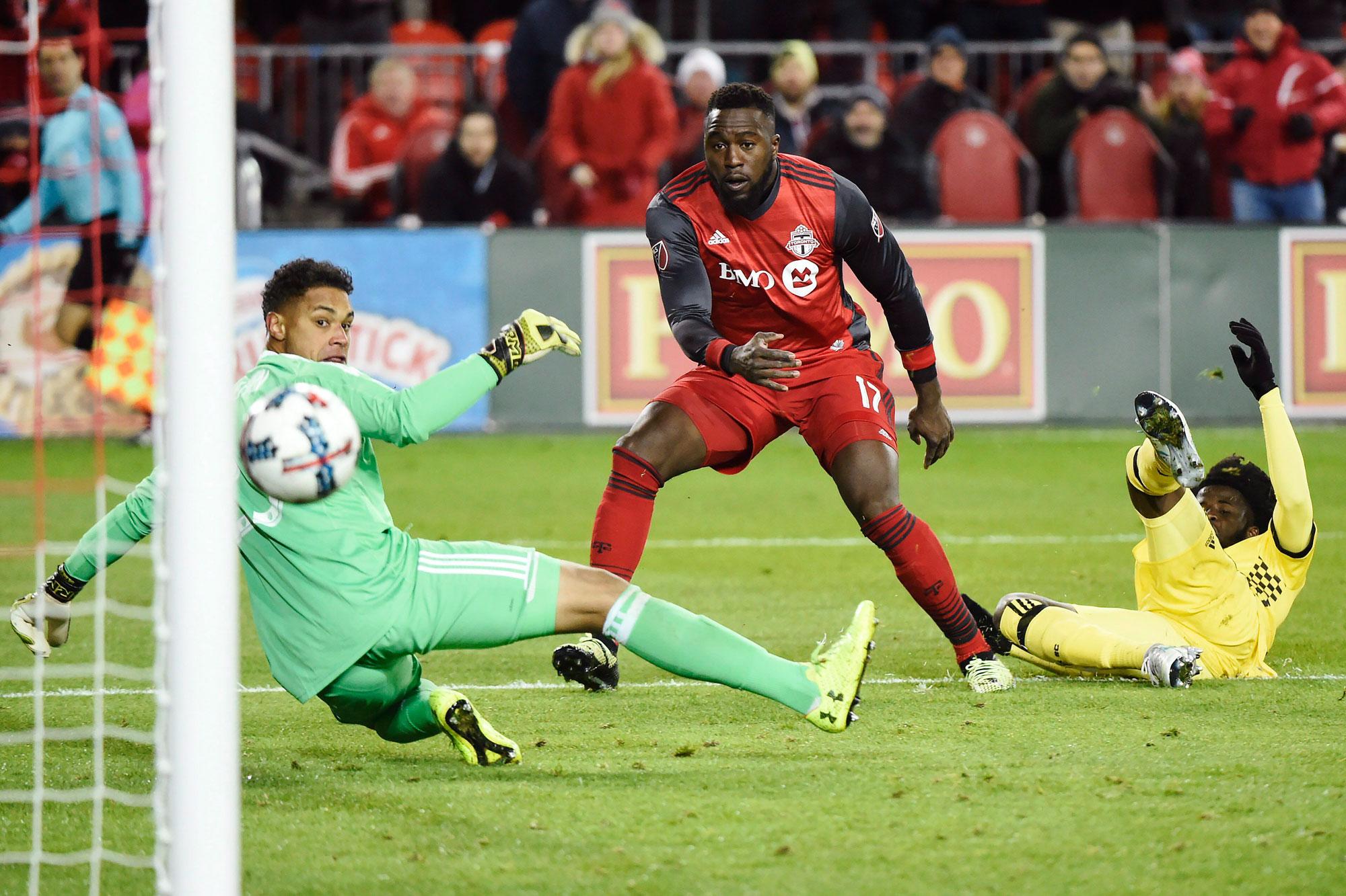 Toronto reach MLS final