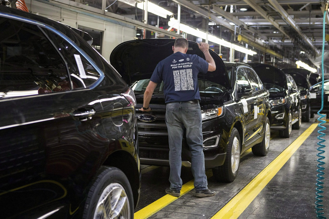 New Ford Edges Sit On A Production Line As Ford Motor Company Celebrates The Global Production Start Of The  Ford Edge At The Ford Assembly Plant In