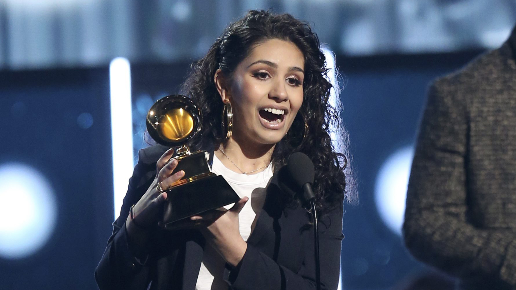 Image result for Alessia Cara grammy