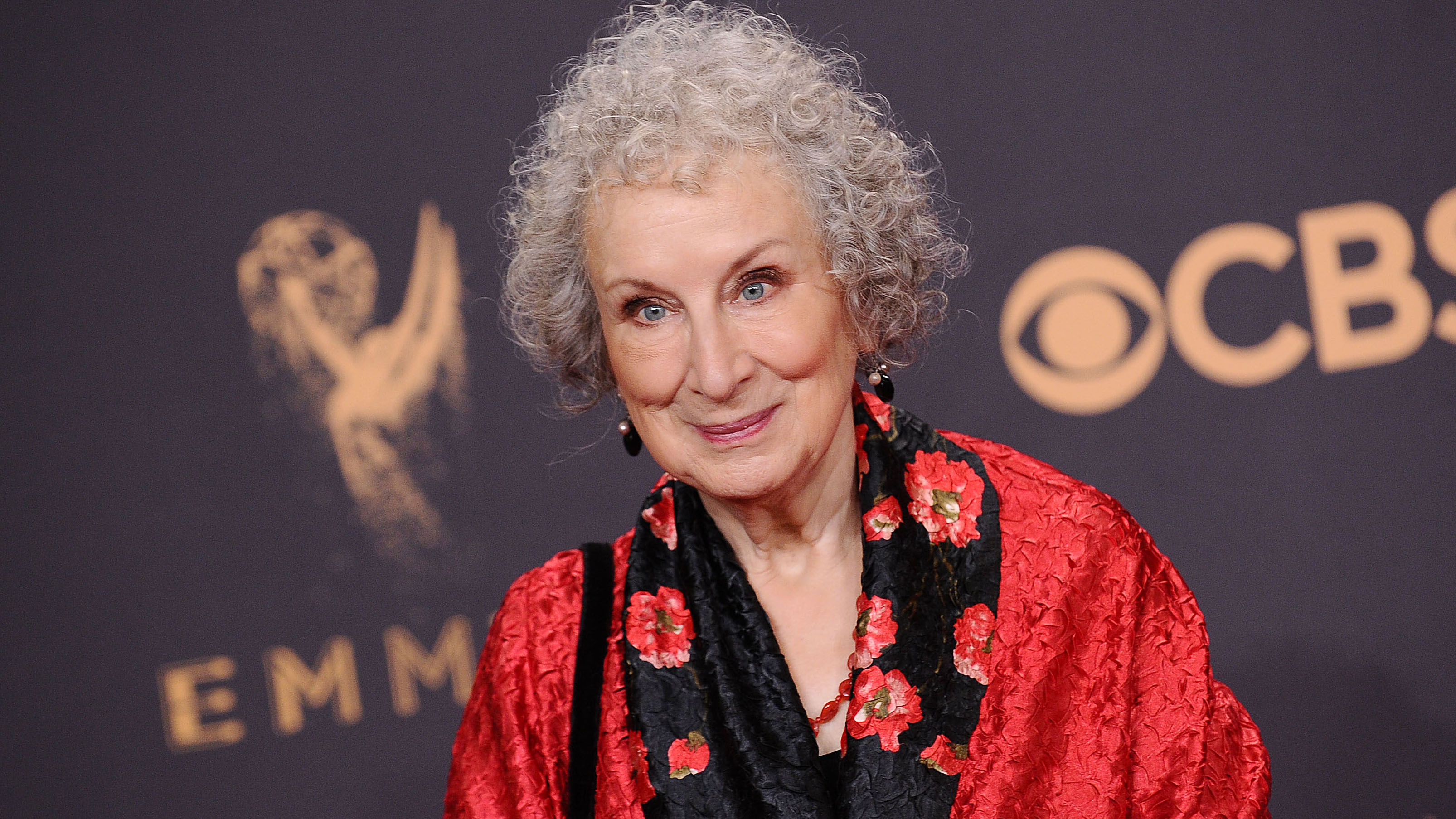 Margaret Atwood takes to Twitter to defend #MeToo op-ed