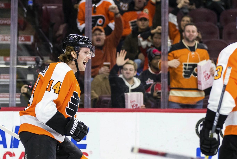 online retailer ec85a 2fbe0 Hoffman lifts Senators to shootout victory over Flyers