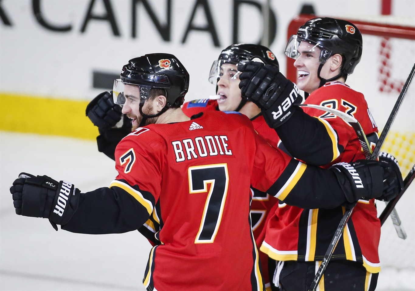 Maple Leafs Agree To Four Year Contract With Defenceman T J Brodie 680 News