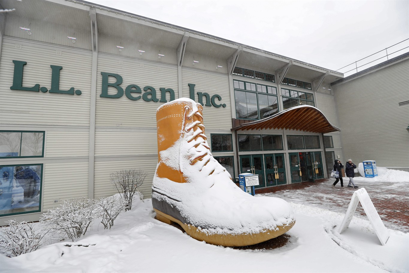 LL Bean Is Ending Its Famous Lifetime Return Policy