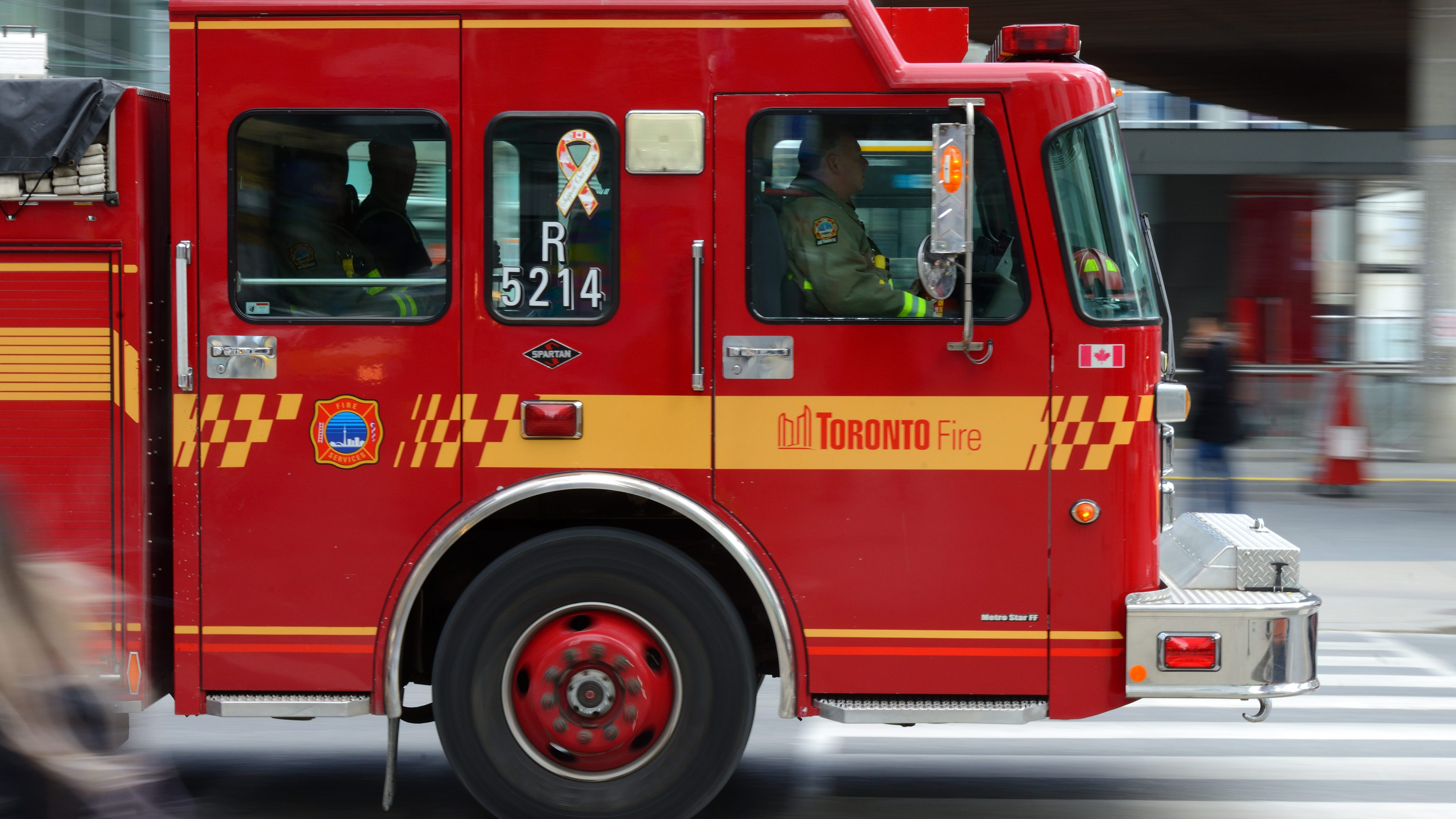Man, woman in hospital after apartment fire near King and ...