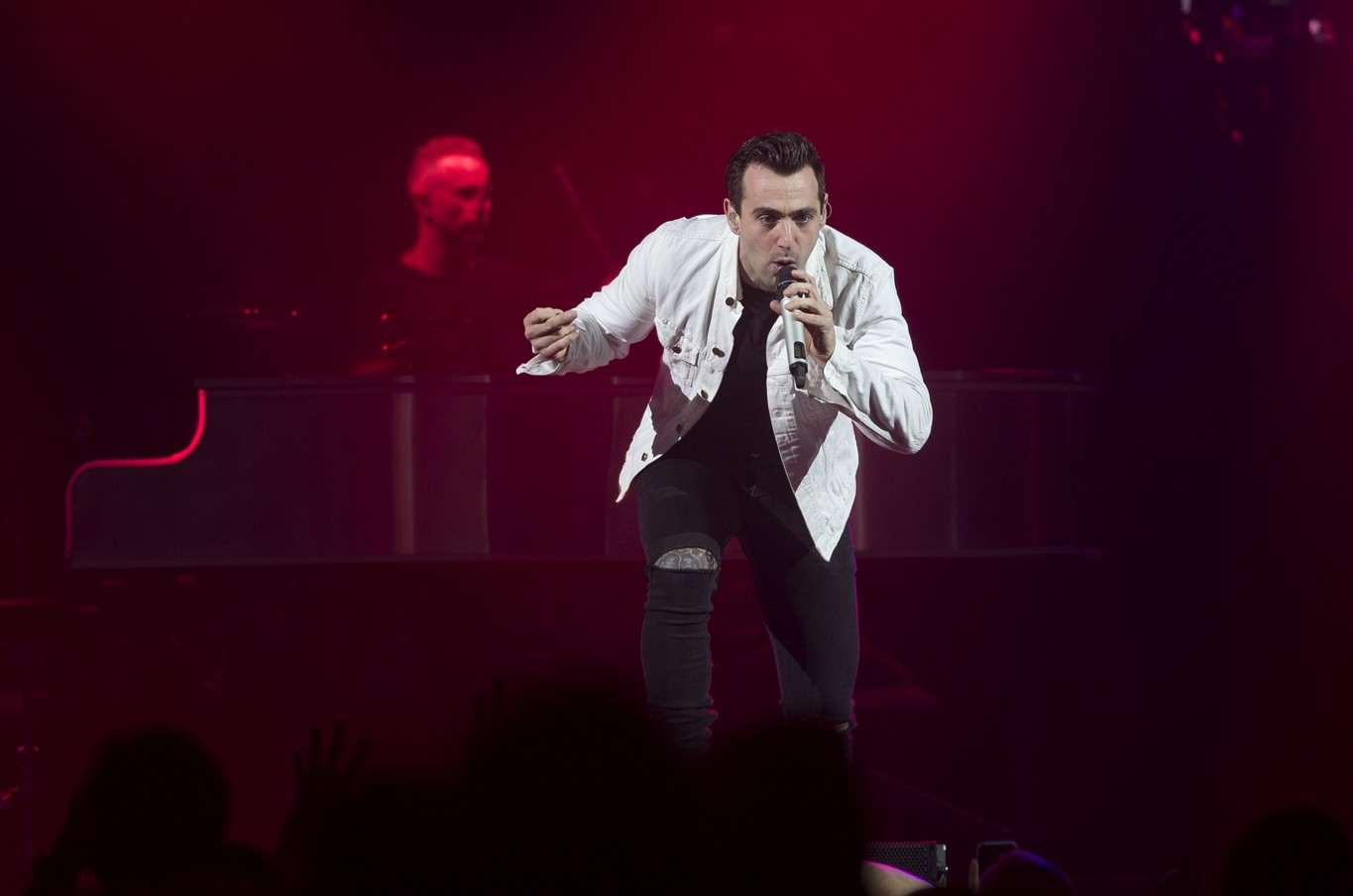 Show will go on in Kitchener for embattled pop rockers Hedley