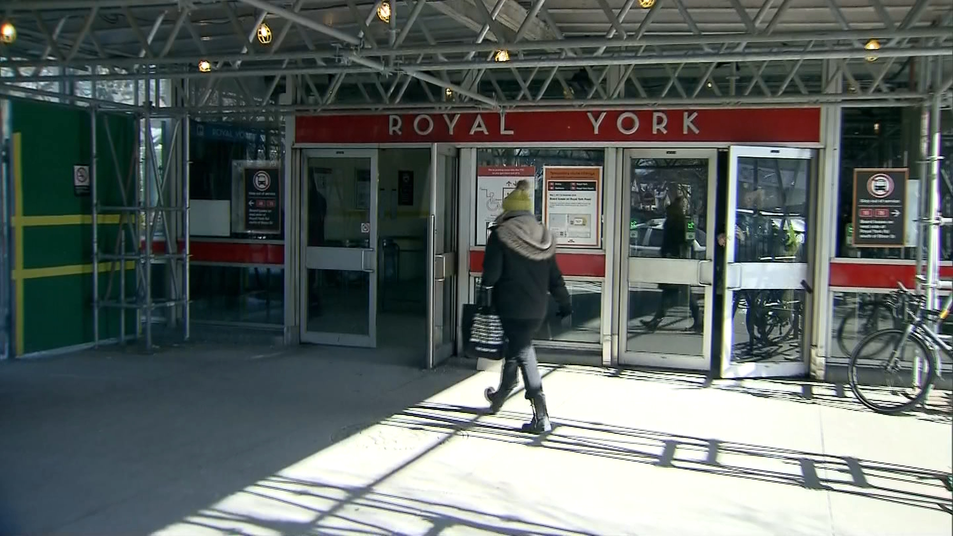 Toronto man charged in connection to Royal York subway station vandalism