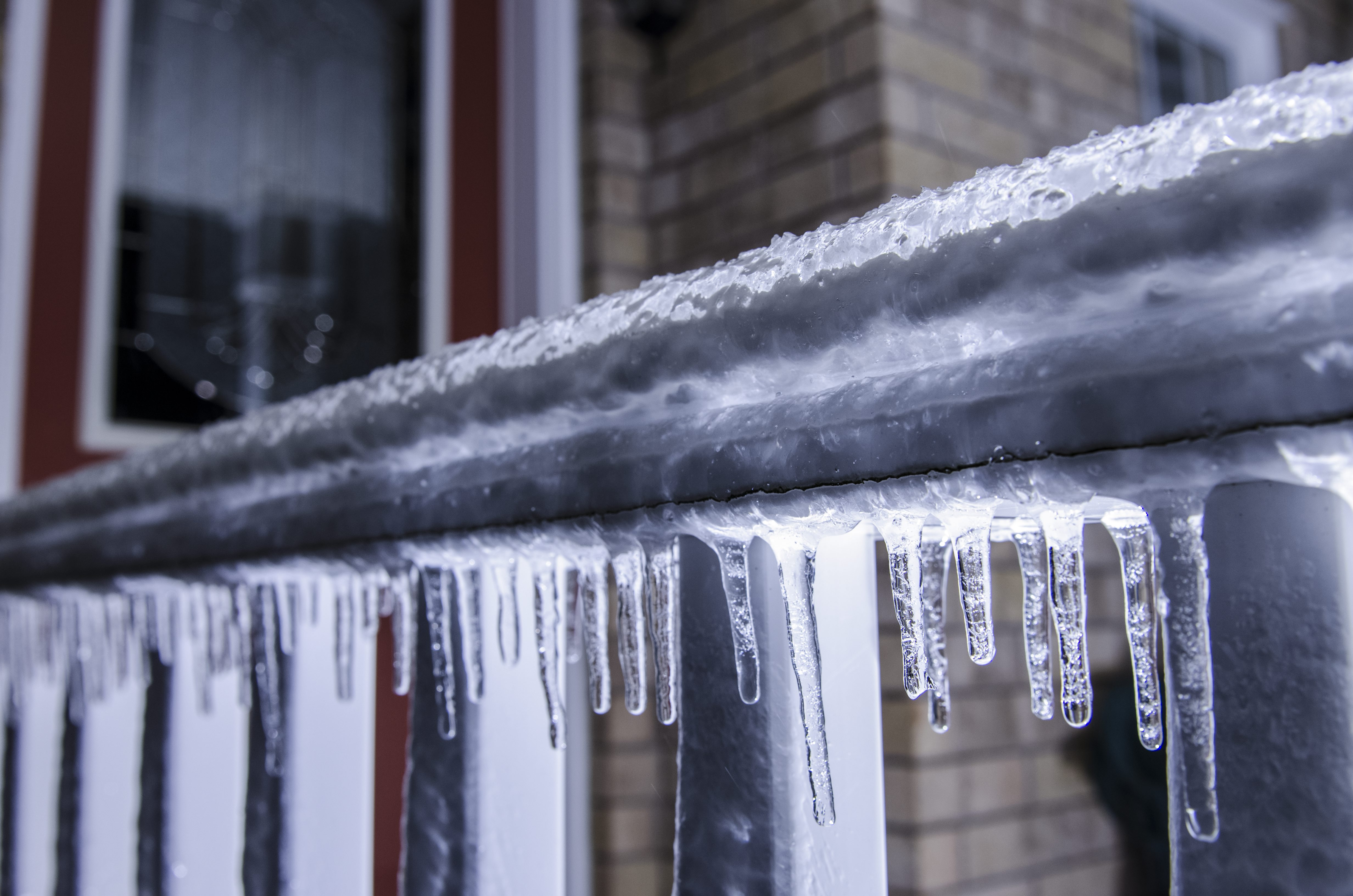Special weather alert in effect with freezing rain set to hit region
