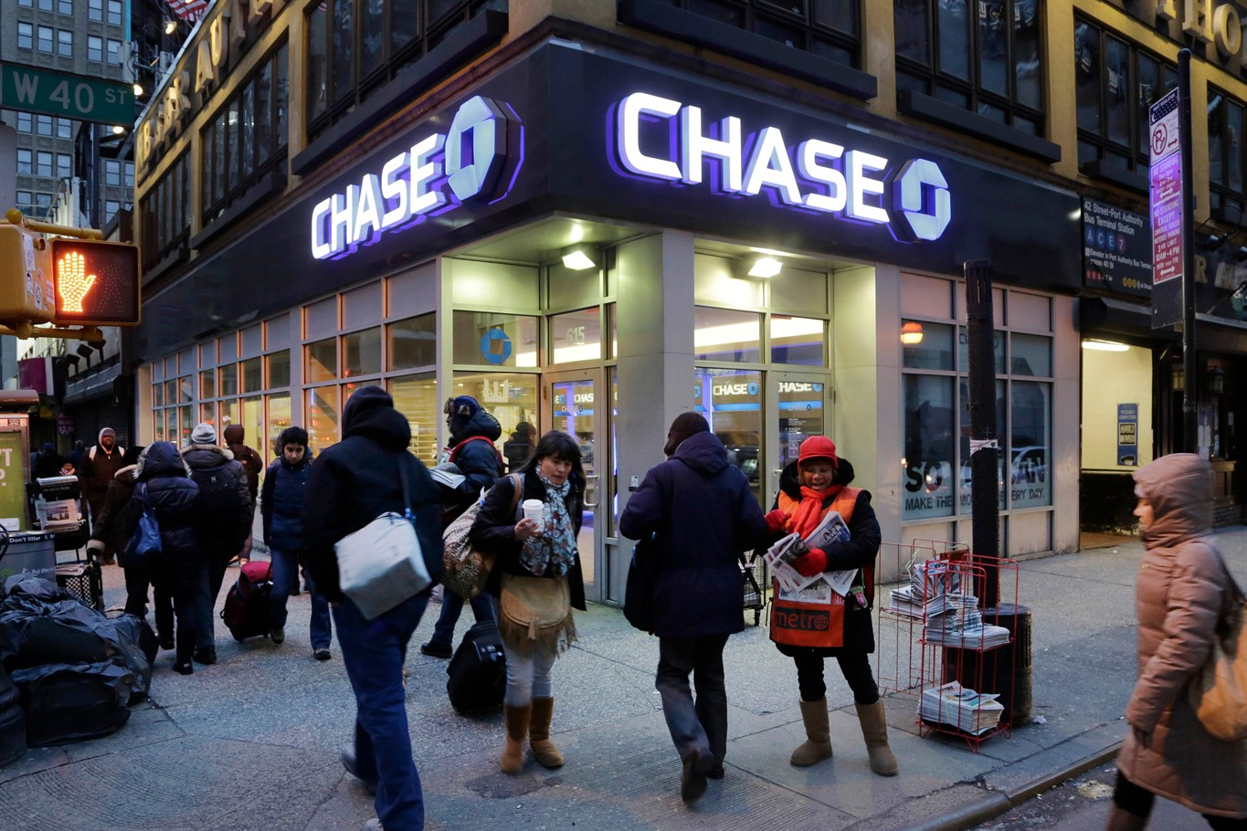 JPMorgan Chase (NYSE:JPM) Reports 1Q18 Profit Up 44%; Beats Street View