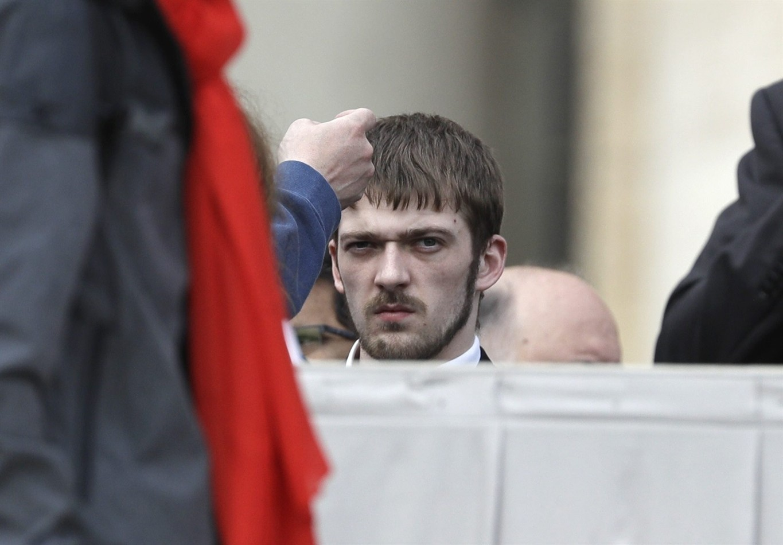 Pope appeals for Alfie Evans, meets dad (3)