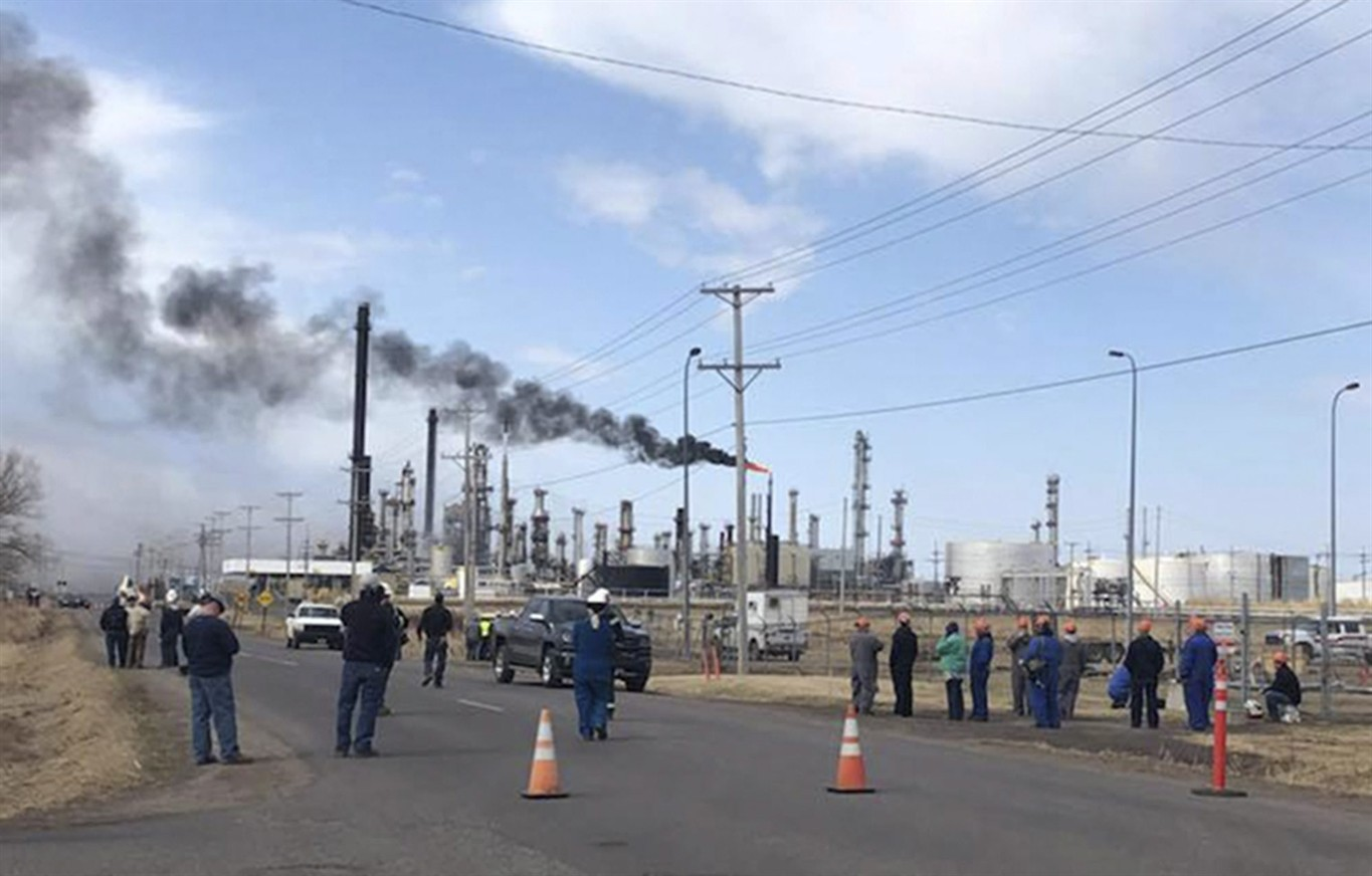 Explosion at Husky refinery in Wisconsin sends several people to ...